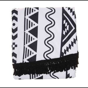 Other - Black/White Circle Towel Brand New